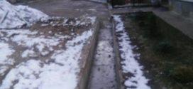 На Золотогірській, 15 влаштували систему водовідведення