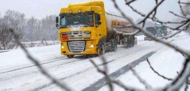 Під час снігопаду буде обмежено в'їзд вантажівок у Тернопіль