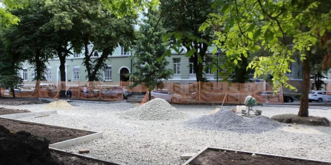 Триває облаштування культурно-відпочинкової зони «Комплексне трансфер-містечко»